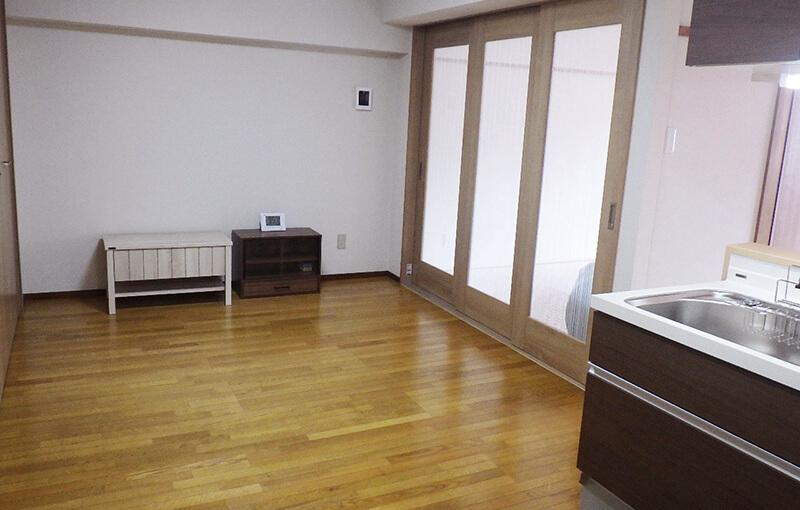 Wallpaper / Floor